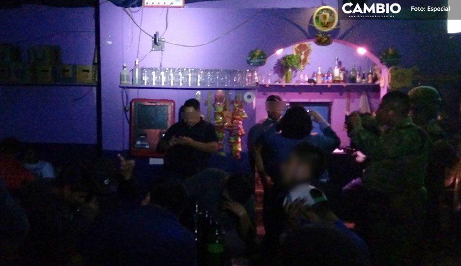 Denuncian prostitución infantil en antro de Tehuacán