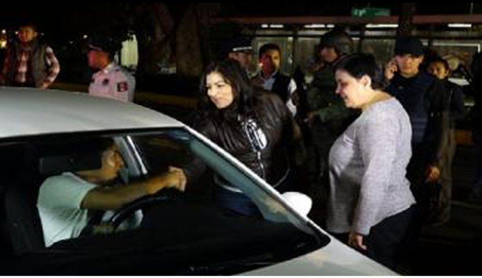 Claudia Rivera encabeza operativo alcoholímetro en Boulevard 5 de Mayo