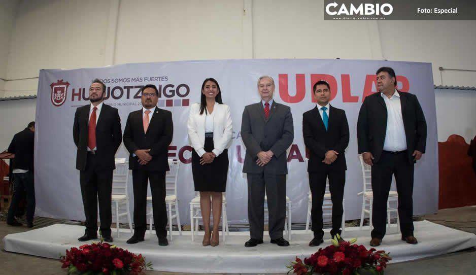 Municipio de Huejotzingo y Udlap lanzan convocatoria para trece becas