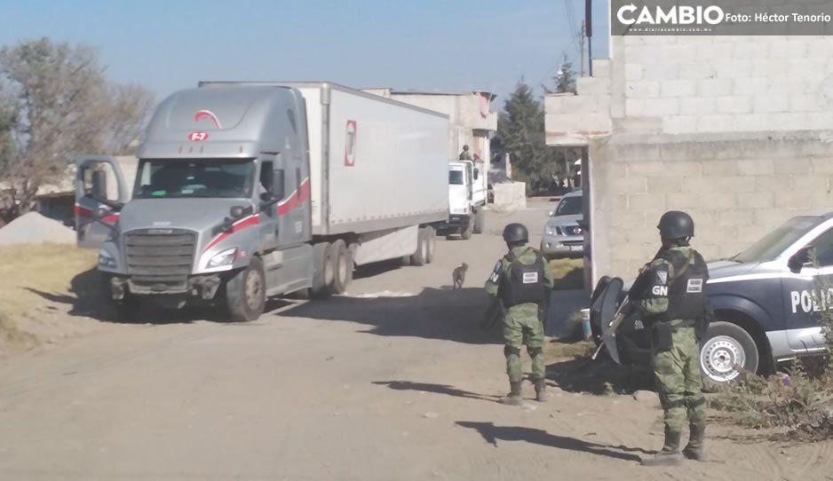 GN recupera tractocamión con reporte de robo y asegura otra camioneta