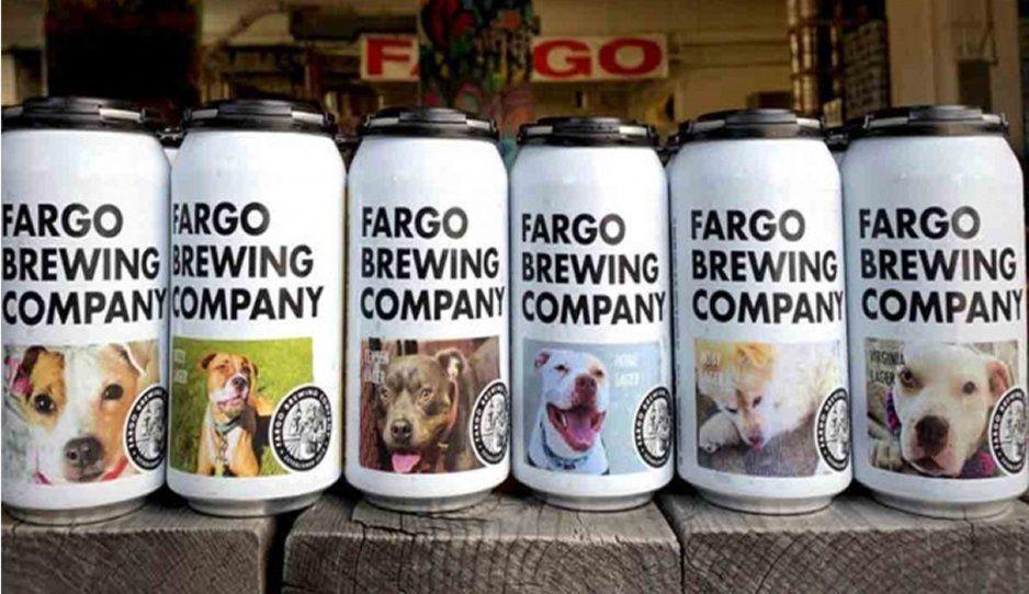 Empresa de cervezas pone perritos sin casa en sus latas para que sean adoptados