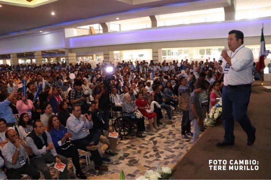 Zaldívar prometerecuperar el Congreso y la alcaldía de Puebla para el 2021