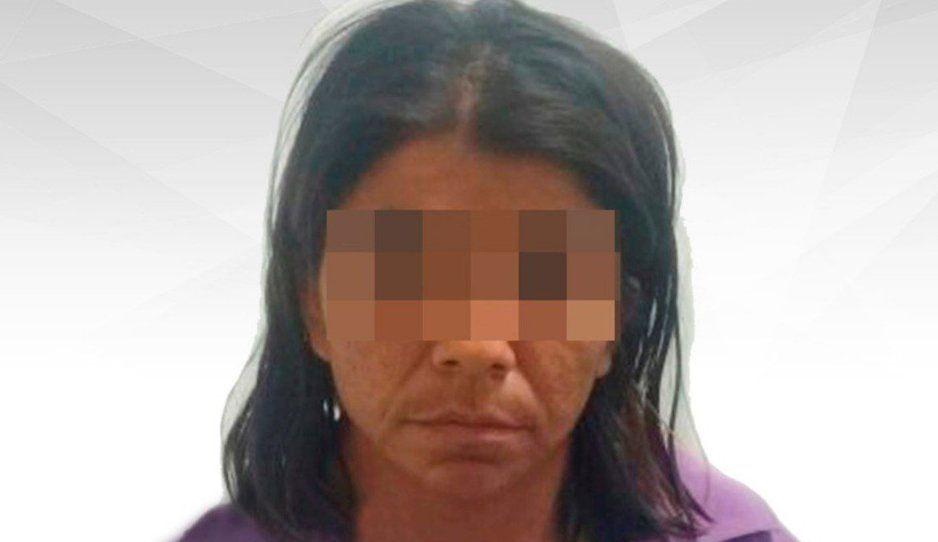 Madre hija de p… vende la virginidad de su niña de 9 años por 200 pesos y un pomo