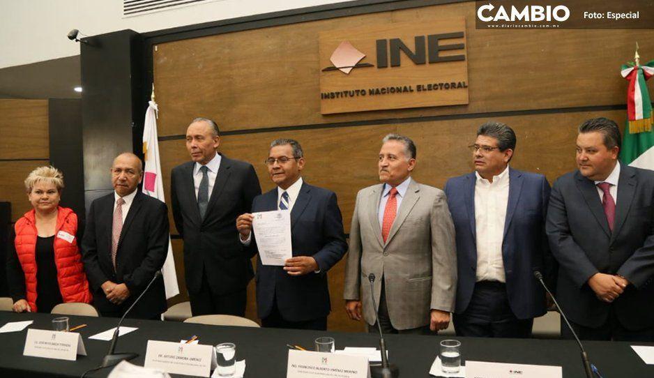 Jiménez Merino evita vergüenzas: se va a México a anotarse como candidato del PRI