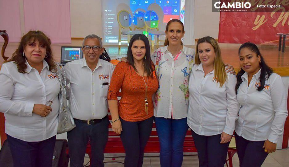 """Texmelucan conmemora el Día Naranja con la obra de Amalia Osorio, """"Mujeres de Papel"""""""