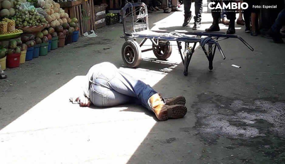 Disparan y atropellan a diablero en Canoa por resistirse a asalto