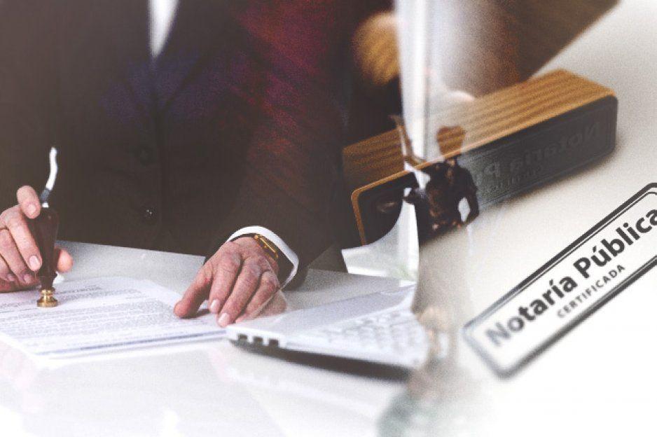 Malos tratos y retrasos en entrega de documentación en notaría de Huejotzingo