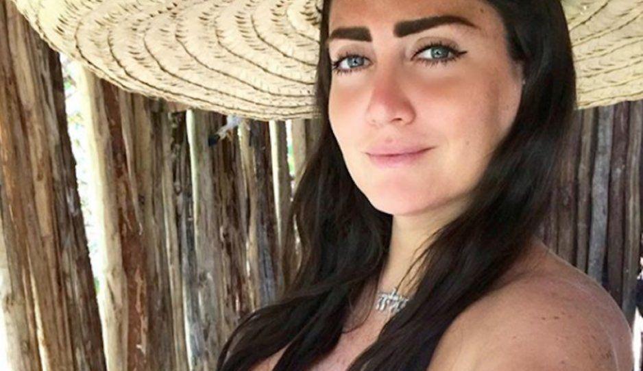 Celia Lora se quita el bikini y posa sensualmente desnuda en Tulúm (FOTO)