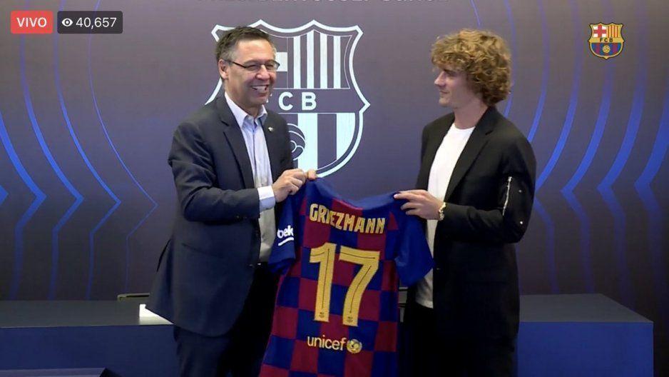 ¡Sorpresa! Griezmann lucirá el 17 en el Barcelona (VIDEO)