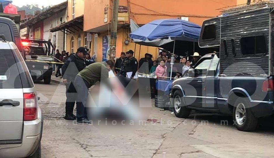 Ejecutan a El Tío frente a su familia después de ir a desayunar al mercado de Zacatlán