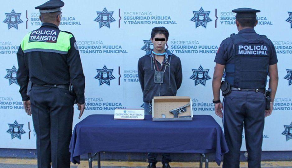Detienen a menor de edad por atraco a verdulería en Reforma Sur; también asaltaba camiones