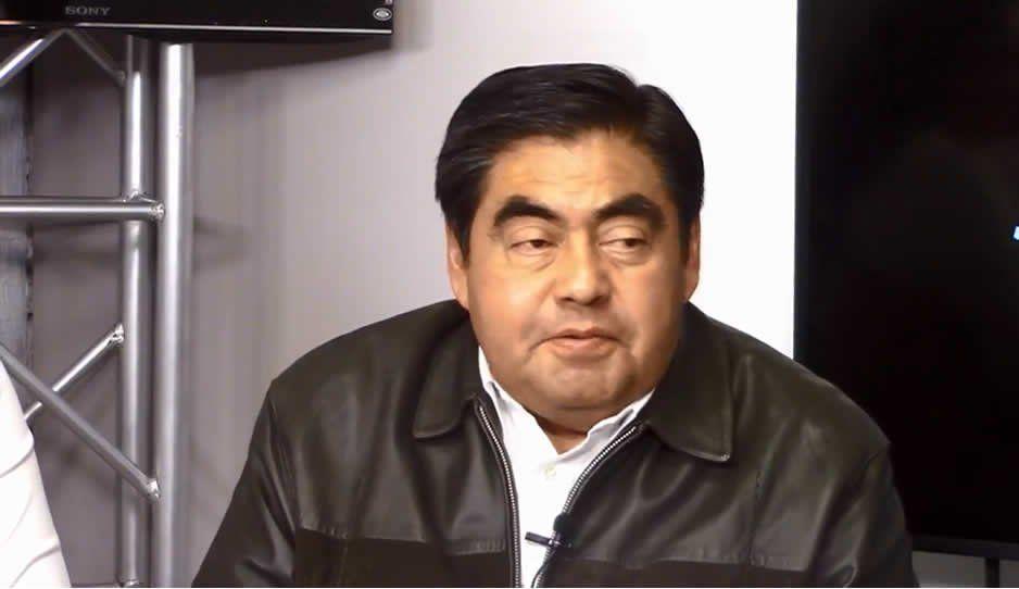 Pese a falta de cooperación de Pemex, ha reducido el huachicol en Puebla: Barbosa
