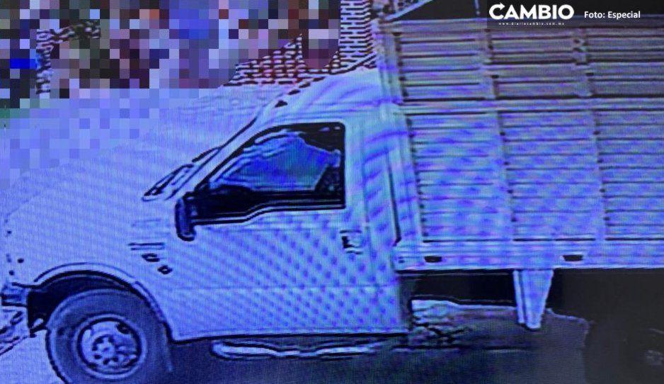 Delincuentes se hacen pasar por campesinos y roban camioneta en Santo Tomás Hueyotlipan