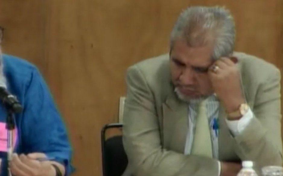Diputado de Morena sigue de labregón, se vuelve a quedar dormido y ya es la quinta vez (VIDEO)
