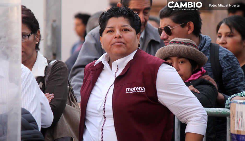 Karina Pérez rechaza, iracunda, ser violenta  y descalifica a adversarios políticos panistas