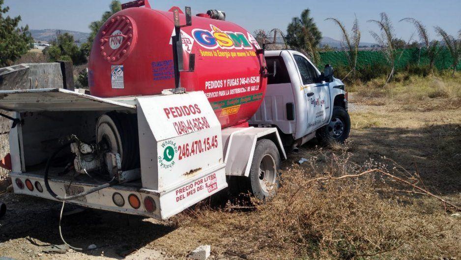 GN asegura pipa con pre denuncia de robo, utilizada para la extracción de gas en Tlalancaleca