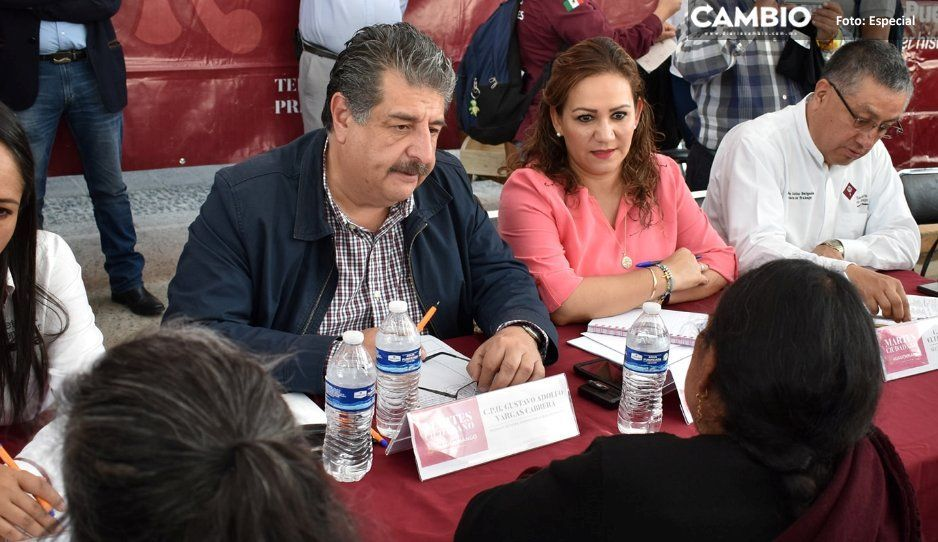 Alcalde Gustavo Vargas recibe a secretarios  de Bienestar y del Trabajo en Huauchinango