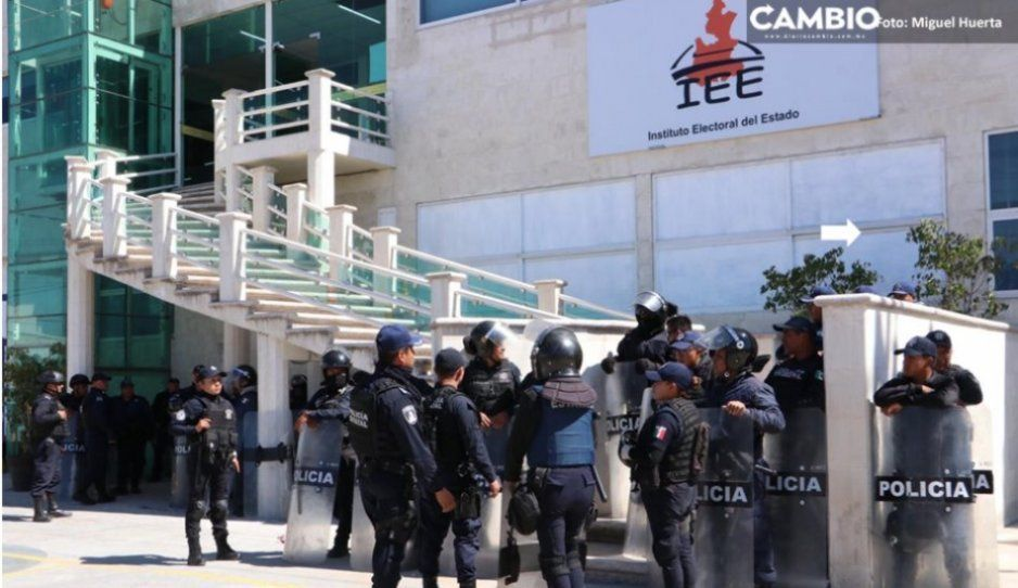 Insiste Antorcha Campesina en convertirse en partido: acude al IEE para solicitar su registro