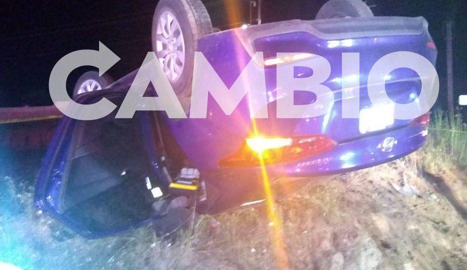 Luego de volcar su auto, detienen a asaltantes en la México-Puebla, hay un muerto