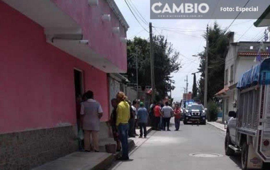 Sujetos armados asesinan a joven afuera de su domicilio en Amozoc