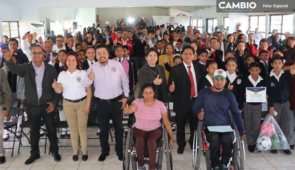 Gobierno de Atlixco reconoce a las escuelas participantes del desfile del 20 de noviembre