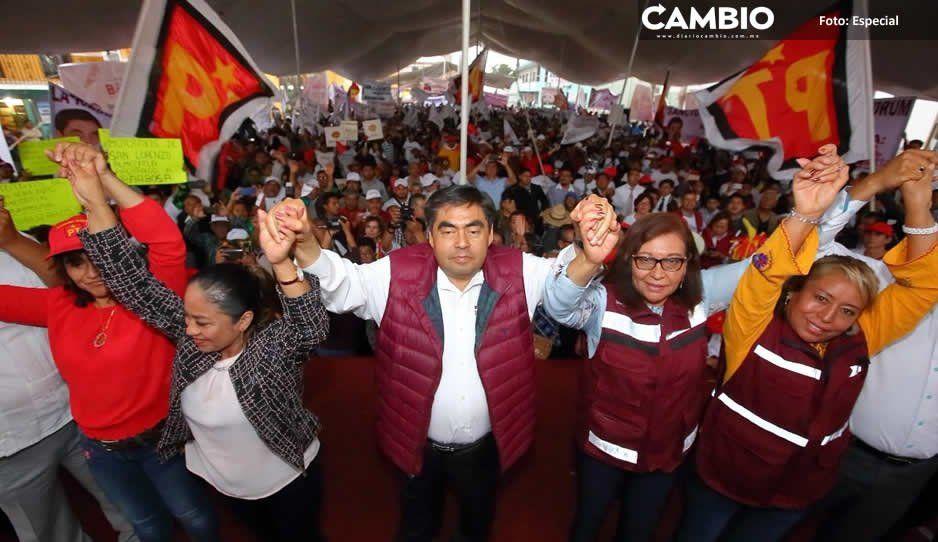 Barbosa presume reconciliación con  Armenta de gira por Cuautlancingo