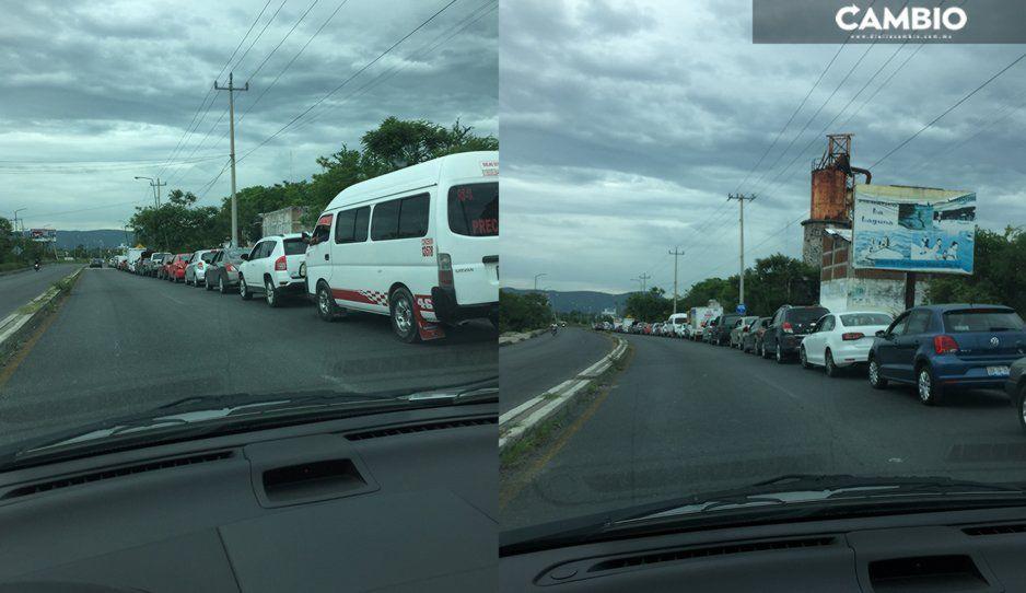 Poblanos abarrotan verificentrosen municipios de la Mixteca y Valle de Atlixco