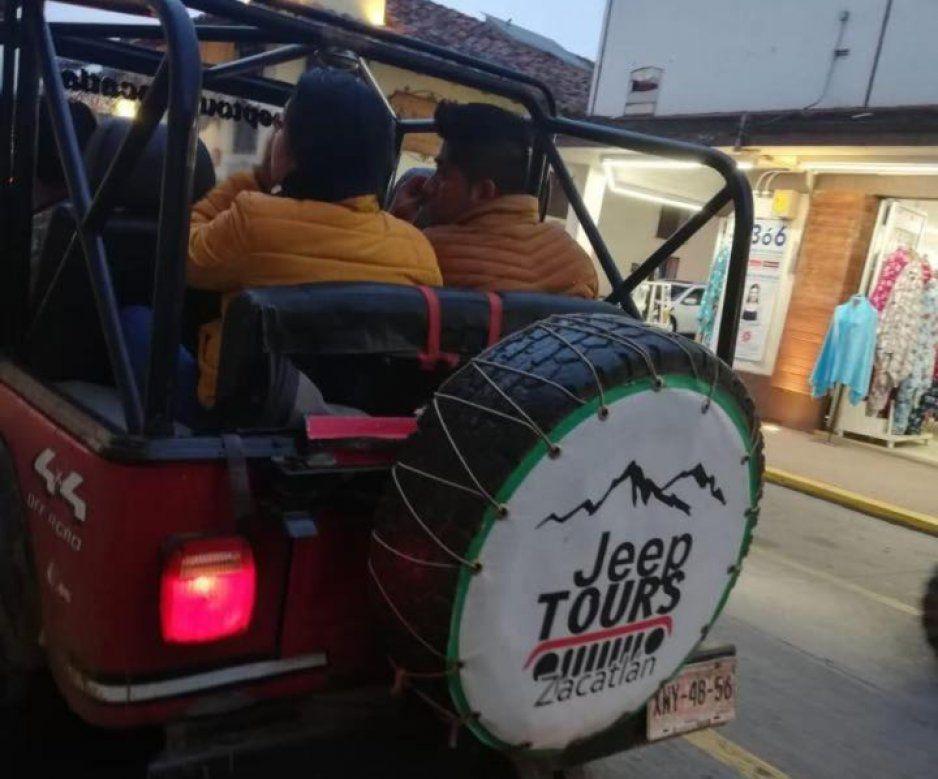 Detectan en Zacatlán Tours en Jeep, sin licencia, tarjeta de circulación y póliza de seguros
