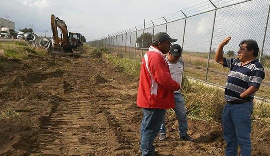 Ayuntamiento de Huejotzingo y Ceaspue pretenden desechar aguas negras en terrenos de cultivo de Zacatepec
