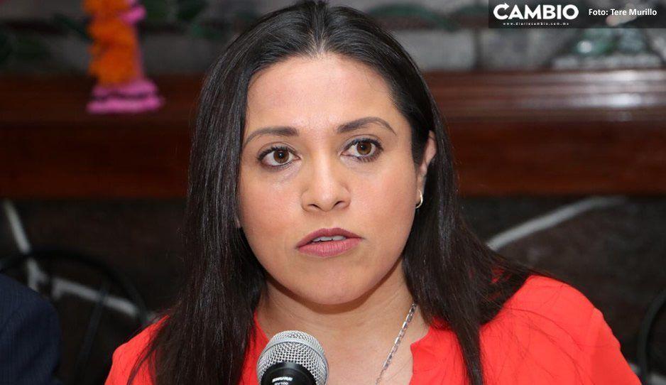 Alcaldesa de Aquixtla acusa a los familiares de su regidor de Gobernación de violencia de género