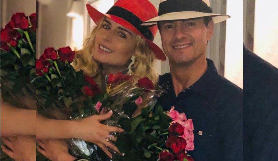 ¡Lo que nunca hizo por la Gaviota! Peña le compra todas las rosas a una vendedora para Tania Ruiz