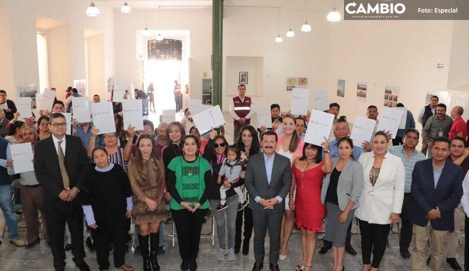 Arriaga Lila entrega escrituras con programa  Más Ayuda para tu Patrimonio en San Pedro