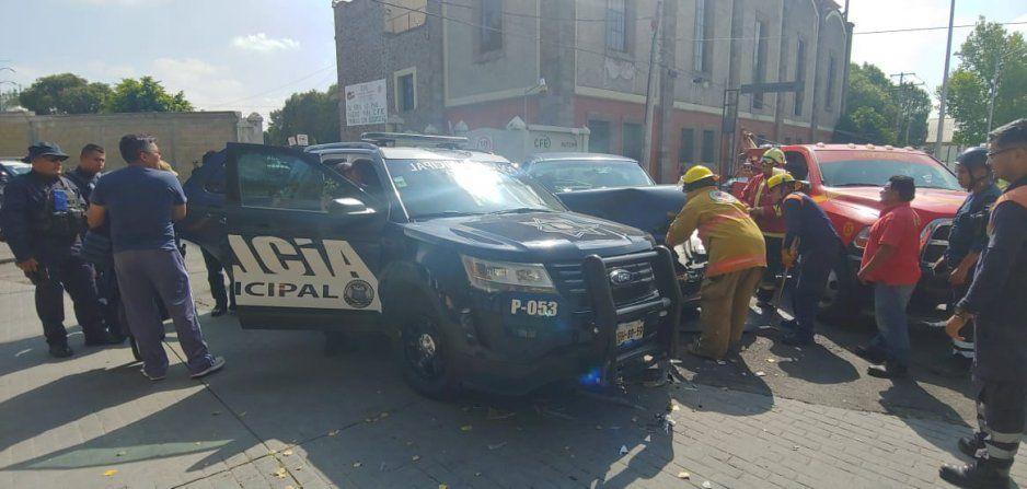 Chocan dos patrullas en Puebla cuando iban a prestar auxilios