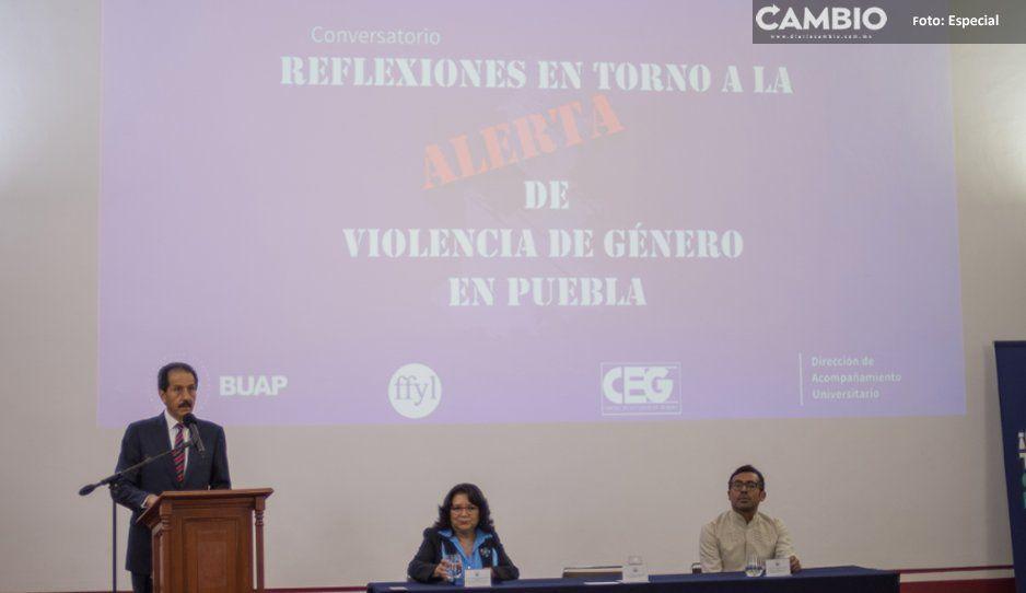 BUAP contribuye a combatir la violencia de género: rector Alfonso Esparza Ortiz