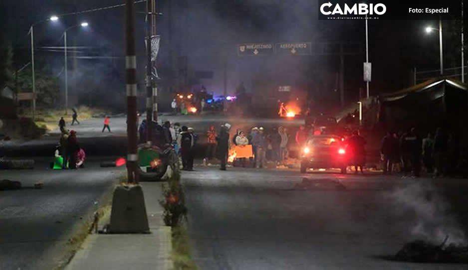 Vecinos de Juan C Bonilla bloquean casi 48 horas federal México-Puebla