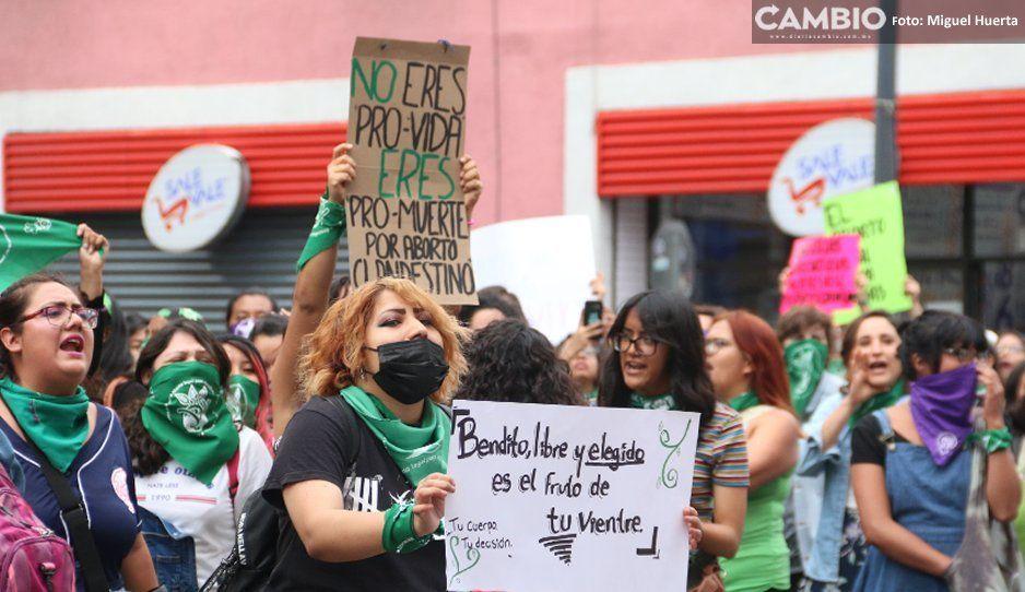 Feministas reprueban a proabortistas violentas: deben ser más inteligentes