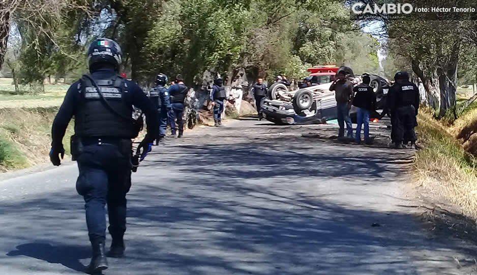 Presuntos asaltantes de tianguistas atacan a policías de Tepetitla tras persecución que inició en Texmelucan