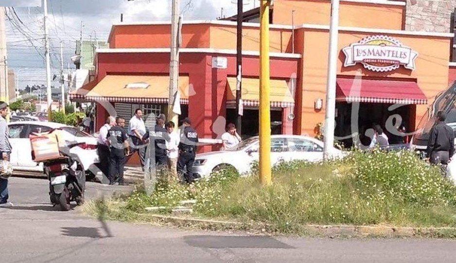 Encañonan a clientes y trabajadores durante atraco en Los Manteles de San Manuel