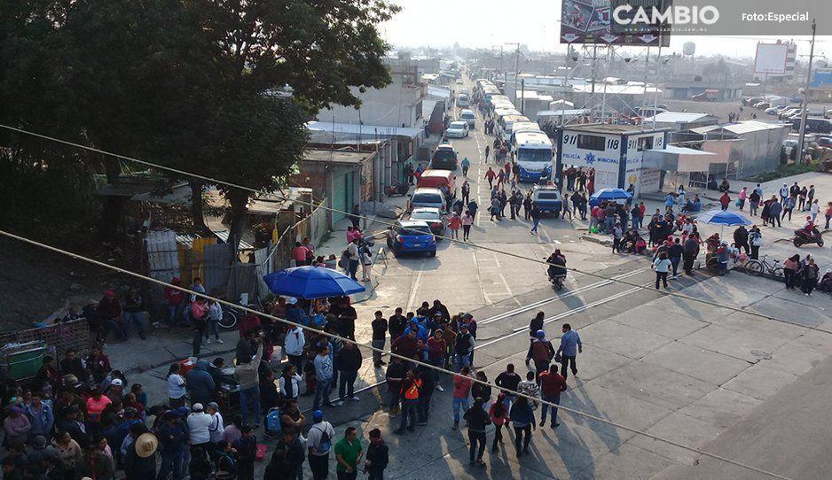 Inician concentración de Tianguistas en Texmelucan para realizar mega marcha en Puebla capital