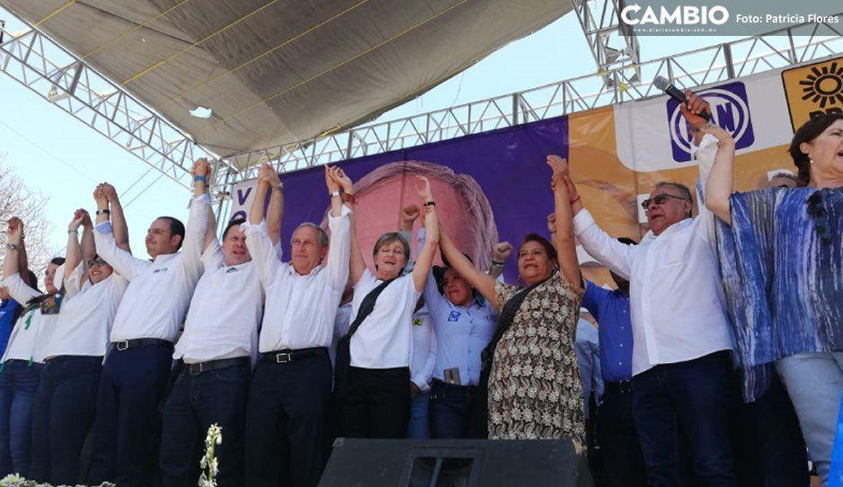 Cárdenas no convence en Tehuacán  y cierra gira desangelada en región