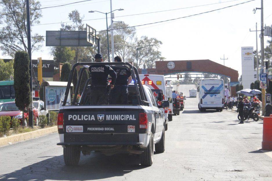 Policías detiene a sujeto por intento de robo y portación de arma de fuego
