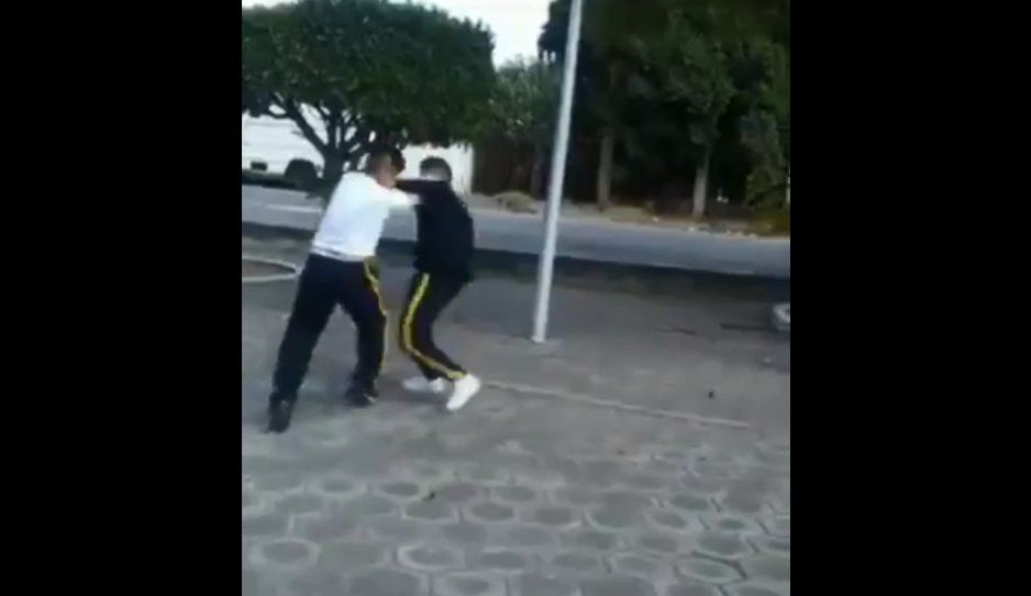 #HayTIro: pandilleritos de la Telesecundaria 82 se prensan como perros rabiosos (VIDEO)