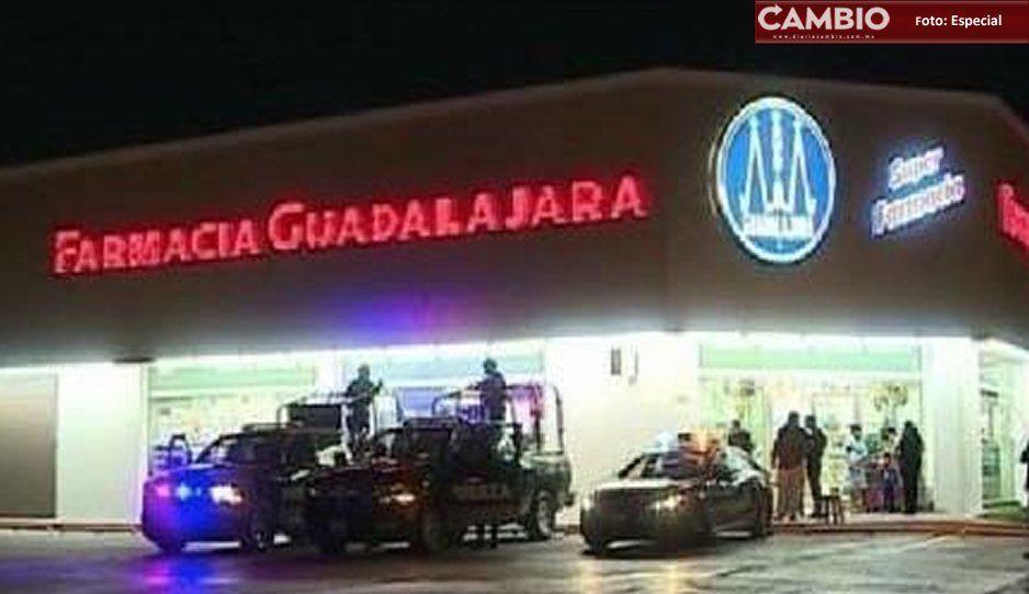 Suman tres asaltos a la misma Farmacia Guadalajara en Izúcar