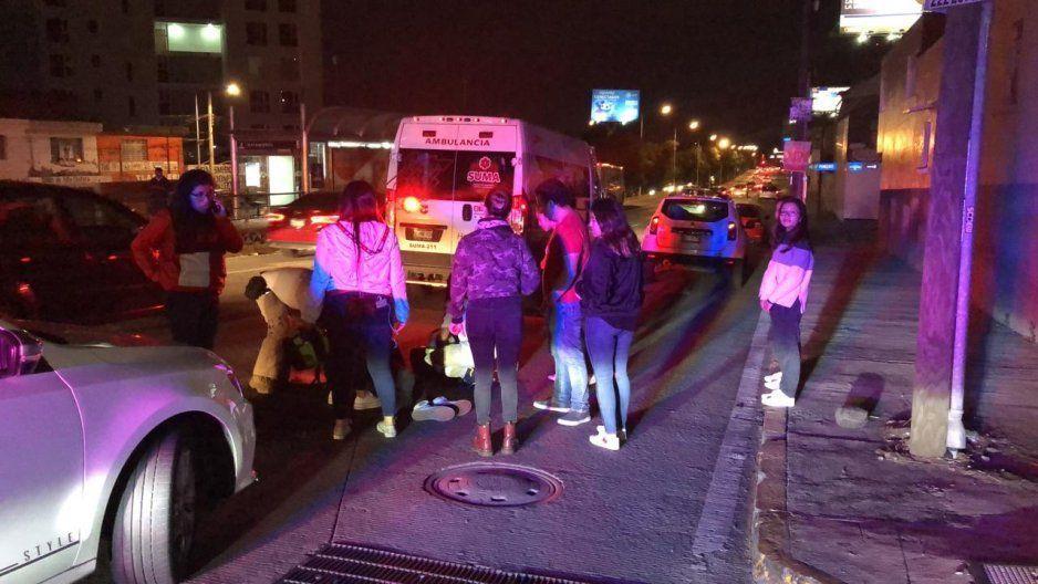 Mujer al volante arrolla con su Tiguan a repartidor de Rappi en Bulevar Norte