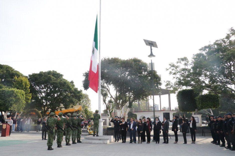Conmemoran el 109 aniversario de la Revolución Mexicana en Amozoc