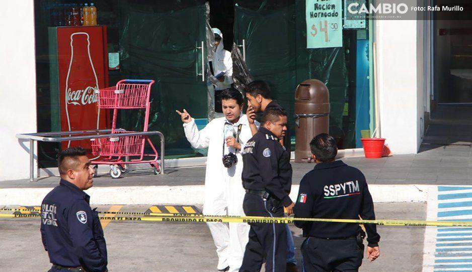 Muere mujer dentro de Farmacias Guadalajara Las Torres