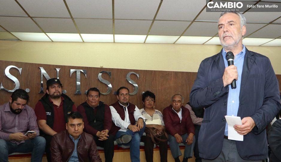Ramírez Cuéllar se pasea en Puebla como líder de Morena, y sólo los claudistas lo pelan
