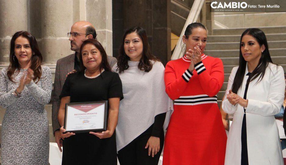 Claudia Rivera reconoce a 7 mujeres emprendedoras de Puebla