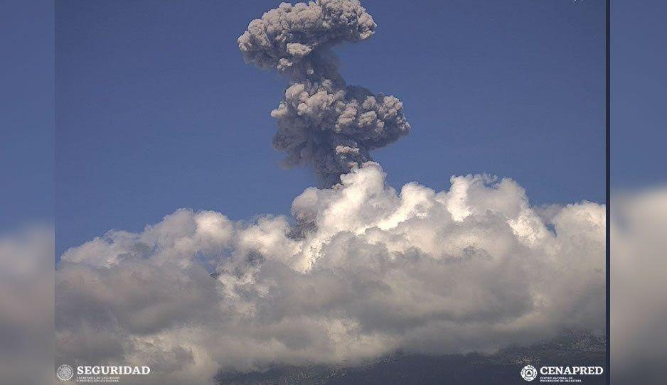 Explosión del Popo genera columna eruptiva de dos kilómetros