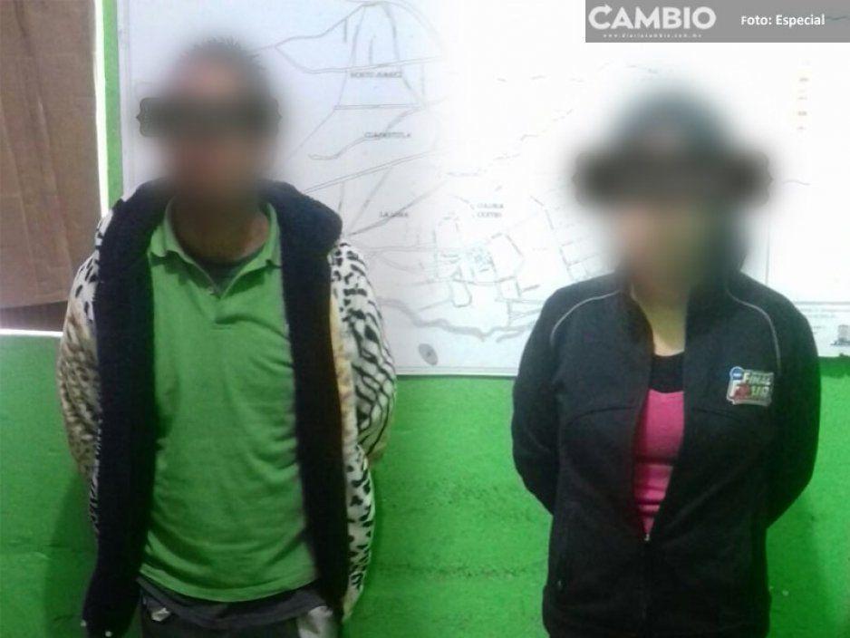 Detiene a pareja que desbalijaba una unidad del transporte público en Tlahuapan